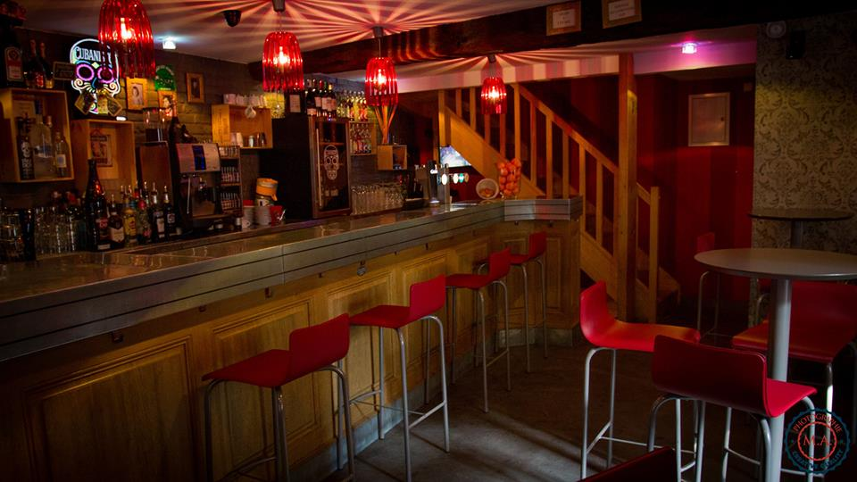 Intérieur bar - Café Saint-Jacques