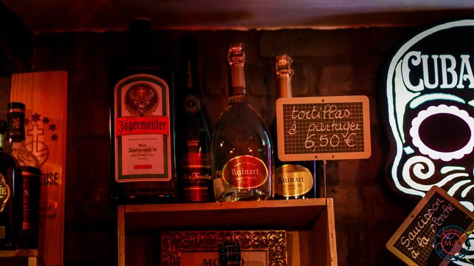 Présentation bouteille - Café Saint-Jacques