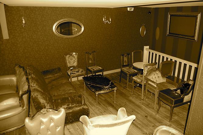 Salle 1er étage Sépia - Café Saint-Jacques